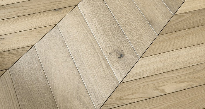 Cambridge Chevron Bavarian Oak Brushed & Oiled Engineered Wood Flooring - Descriptive 3