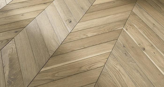 Cambridge Chevron Bavarian Oak Brushed & Oiled Engineered Wood Flooring - Descriptive 4