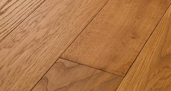 Luxury Golden Oak Solid Wood Flooring - Descriptive 2