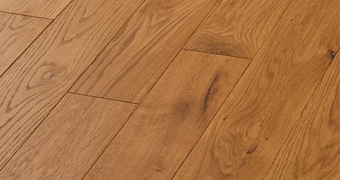 Luxury Golden Oak Solid Wood Flooring - Descriptive 5