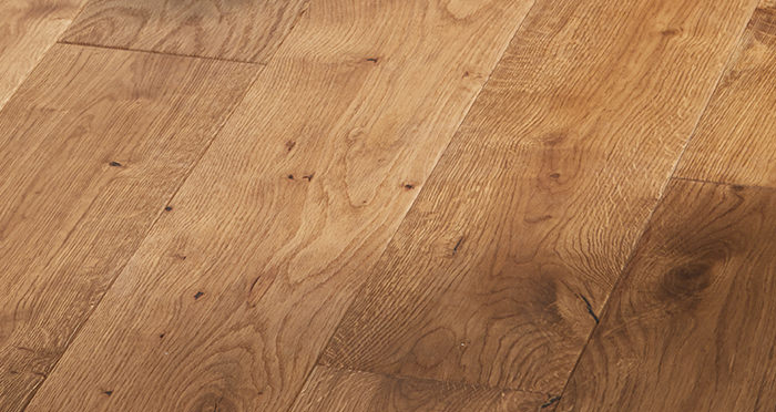 Manor Golden Smoked Oak Brushed & Lacquered Engineered Wood Flooring - Descriptive 6