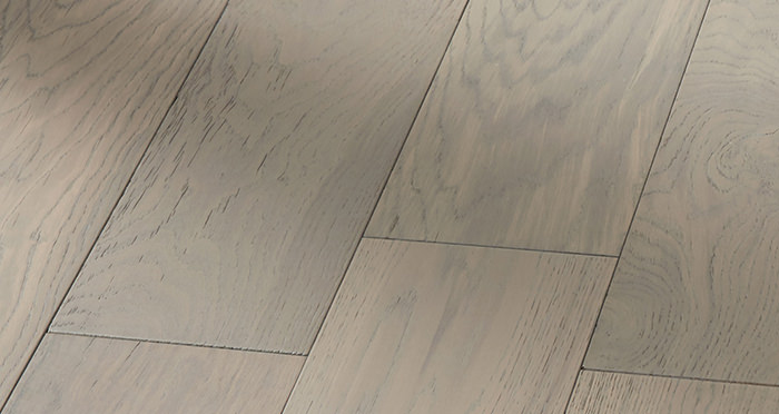 Manhattan Apollo Grey Oak Brushed & Lacquered Engineered Wood Flooring - Descriptive 5