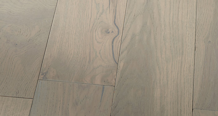 Manhattan Apollo Grey Oak Brushed & Lacquered Engineered Wood Flooring - Descriptive 6