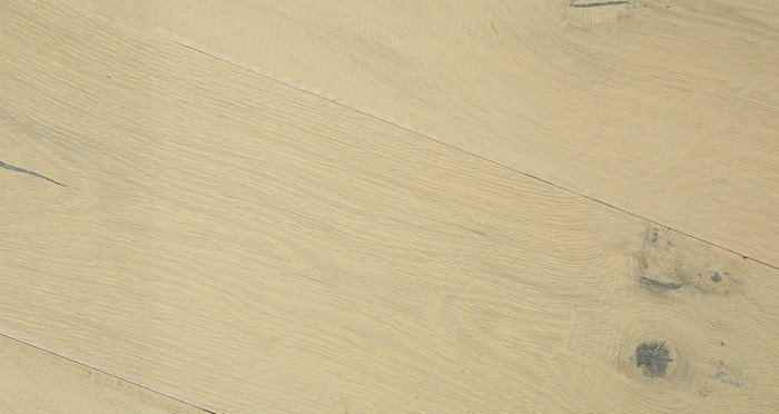 Riviera Almond Oak Brushed & Oiled Engineered Wood Flooring - Descriptive 3