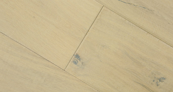Riviera Almond Oak Brushed & Oiled Engineered Wood Flooring - Descriptive 4