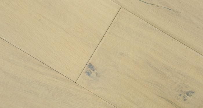 Riviera Almond Oak Brushed & Oiled Engineered Wood Flooring - Descriptive 4