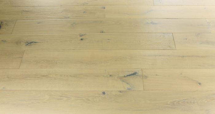 Riviera Almond Oak Brushed & Oiled Engineered Wood Flooring - Descriptive 6