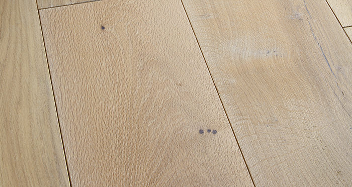 Prestige Frosted Oak Solid Wood Flooring - Descriptive 1