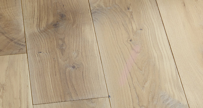 Prestige Frosted Oak Solid Wood Flooring - Descriptive 5