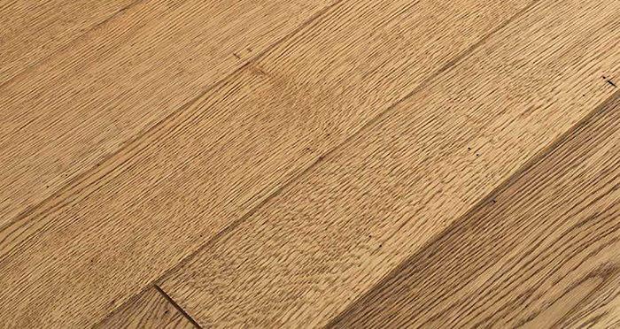 Aged & Rustic Golden Oak Brushed & Oiled Solid Wood Flooring - Descriptive 1