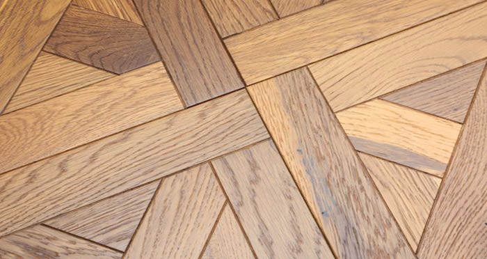 Rouen Chateau Smoked Oak Brushed & Oiled Engineered Wood Flooring - Descriptive 4