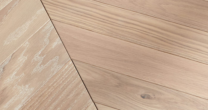 Park Avenue Chevron Frosted Oak Brushed & Oiled Solid Wood Flooring - Descriptive 4