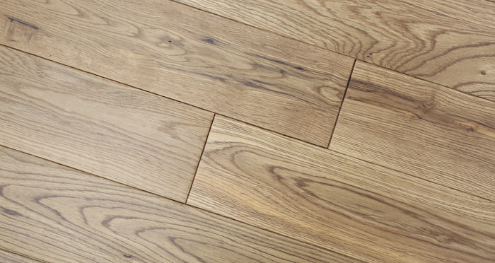 Natural Oak 90mm Lacquered Solid Wood Flooring - Descriptive 2