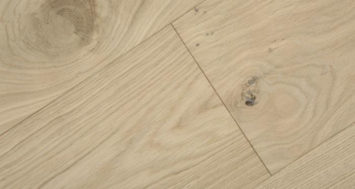Grande Unfinished Oak Brushed & Oiled Engineered Wood Flooring - Descriptive 4