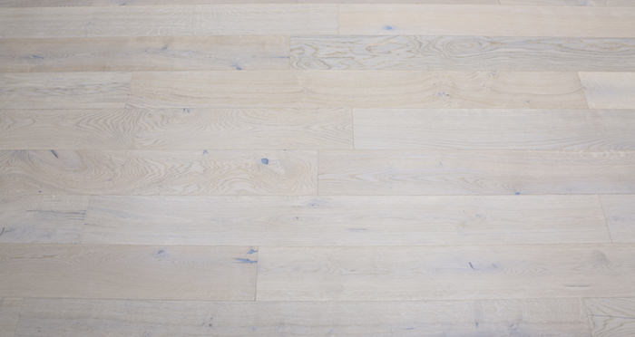Porcelain Oak Lacquered Engineered Wood Flooring - Descriptive 5