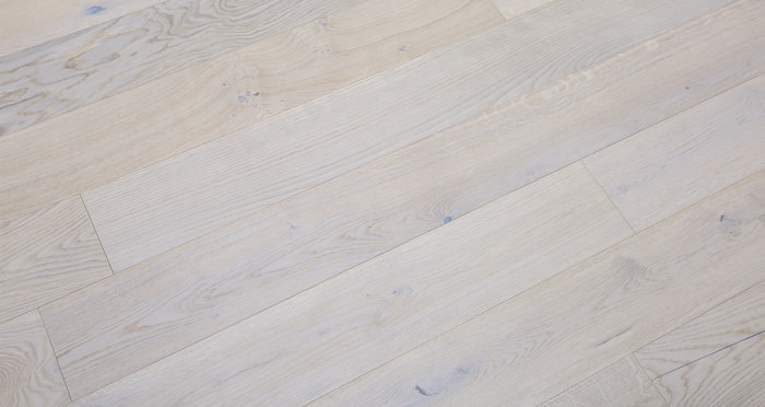 Porcelain Oak Lacquered Engineered Wood Flooring - Descriptive 6