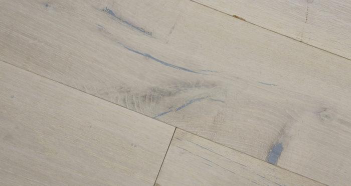 Polar Oak Brushed & Wax Oiled Engineered Wood Flooring - Descriptive 2