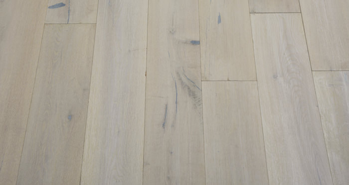 Polar Oak Brushed & Wax Oiled Engineered Wood Flooring - Descriptive 3