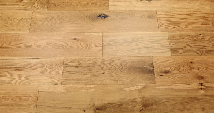 Barn Natural Oak Lacquered Engineered Wood Flooring - Descriptive 3
