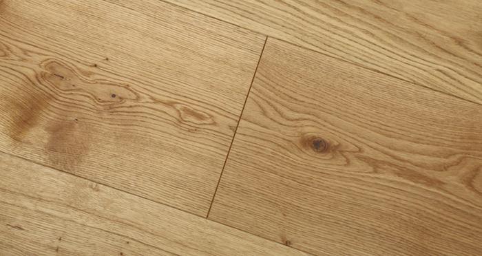 Grande Natural Oak Brushed & Oiled Engineered Wood Flooring - Descriptive 4