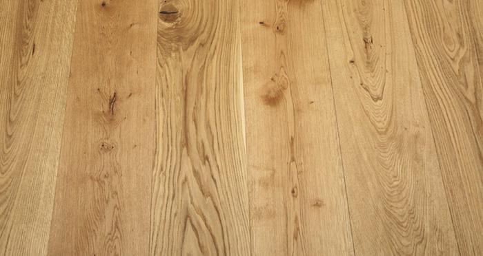Grande Natural Oak Brushed & Oiled Engineered Wood Flooring - Descriptive 5