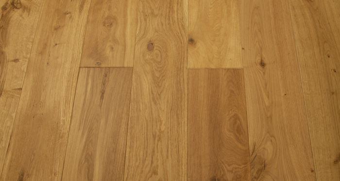 Imperial Oak Select Brushed & Oiled Engineered Wood Flooring - Descriptive 2