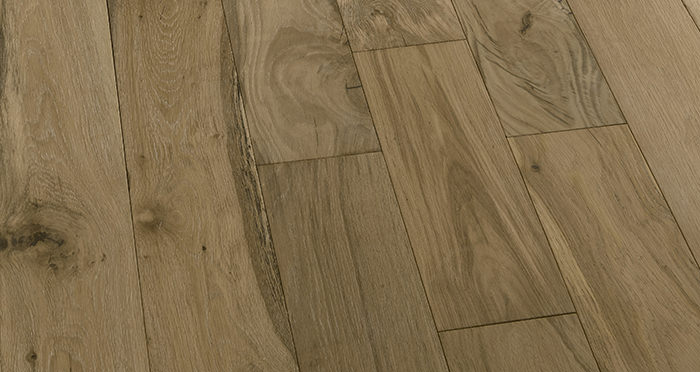 Loft Bavarian Oak Brushed Oiled & Smoked Engineered Wood Flooring - Descriptive 5