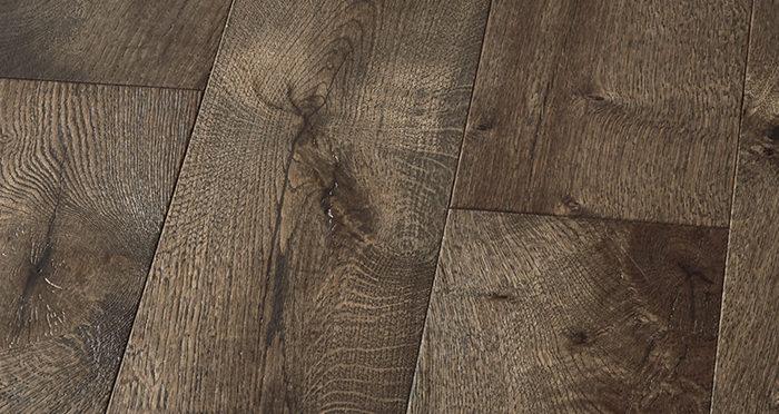 Manhattan Aged Cottage Oak Brushed & Lacquered Engineered Wood Flooring - Descriptive 4