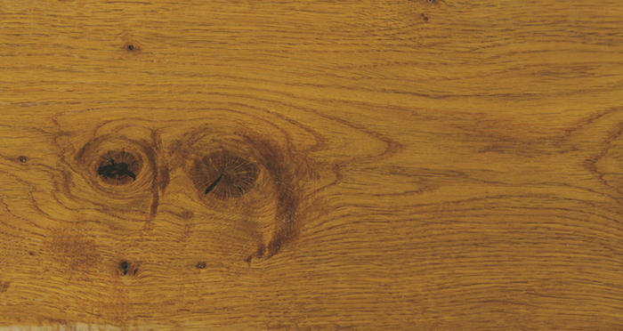 Chantilly Golden Oak Brushed & Oiled Engineered Wood Flooring - Descriptive 3