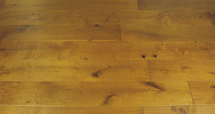 Chantilly Golden Oak Brushed & Oiled Engineered Wood Flooring - Descriptive 6