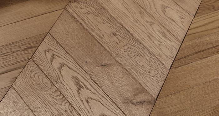 Park Avenue Chevron Espresso Oak Brushed & Oiled Solid Wood Flooring - Descriptive 4