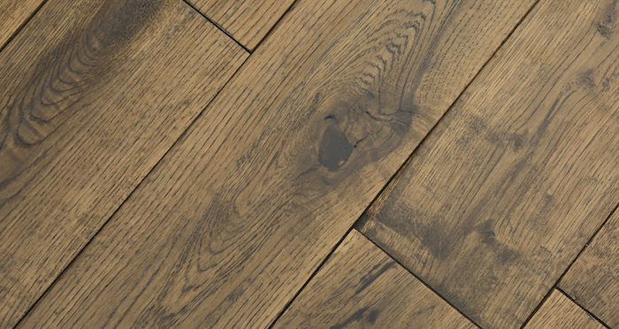 Handscraped Whiskey Oak Solid Wood Flooring - Descriptive 6