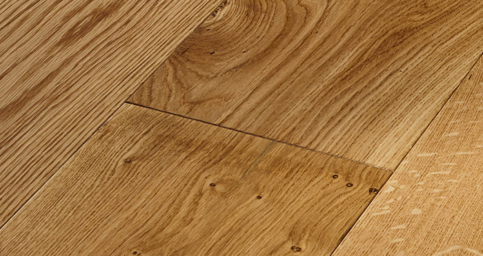 Grand Imperial Natural Oak Lacquered Engineered Wood Flooring - Descriptive 4
