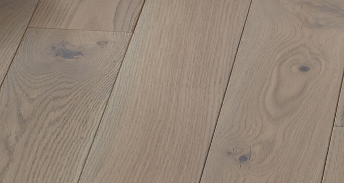 Elegant Silk Grey Oak Brushed & Oiled Solid Wood Flooring - Descriptive 2