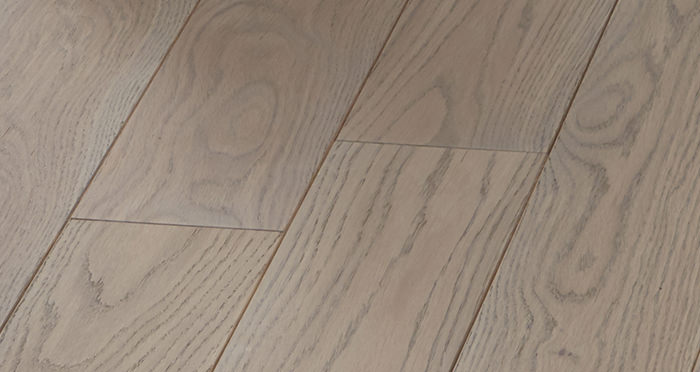 Elegant Silk Grey Oak Brushed & Oiled Solid Wood Flooring - Descriptive 4