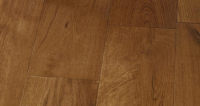 Manhattan Honey Oak Lacquered Engineered Wood Flooring - Descriptive 4