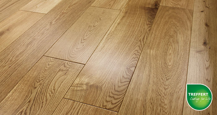 Rustic Cottage Oak Lacquered Engineered Wood Flooring - Descriptive 3