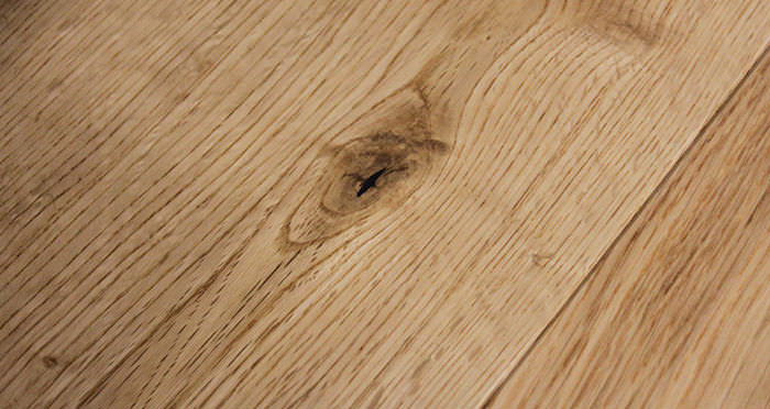 Rustic Cottage Oak Lacquered Engineered Wood Flooring - Descriptive 6