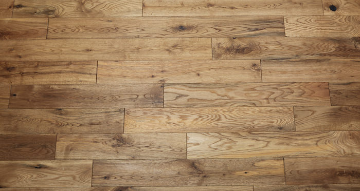 Natural Oak 90mm Brushed & Oiled Solid Wood Flooring - Descriptive 4