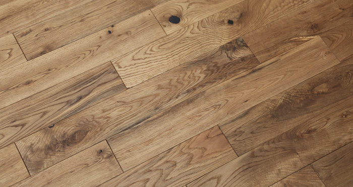 Natural Oak 90mm Brushed & Oiled Solid Wood Flooring - Descriptive 5