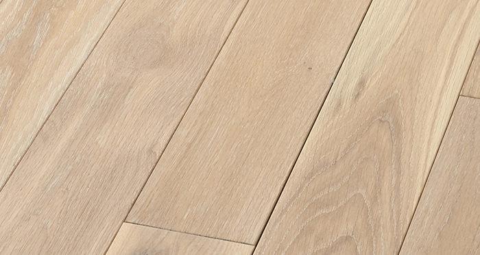 Elegant Frosted Oak Brushed & Oiled Solid Wood Flooring - Descriptive 5