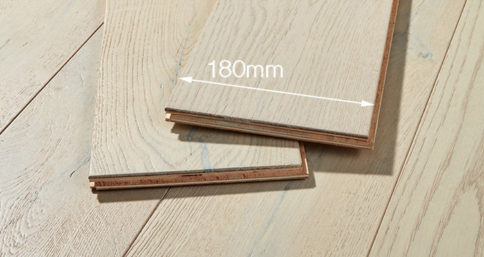 Manhattan Frozen Oak Brushed & Lacquered Engineered Wood Flooring - Descriptive 4