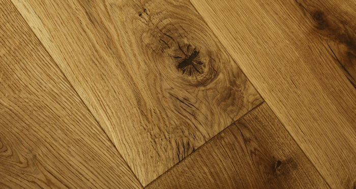 Luxury Natural Oak Solid Wood Flooring - Descriptive 2
