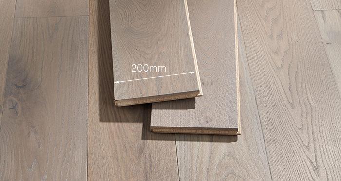 Prestige Silk Grey Oak Solid Wood Flooring - Descriptive 3