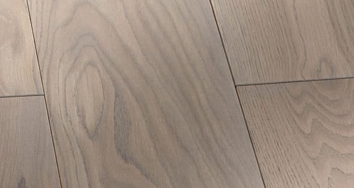 Prestige Silk Grey Oak Solid Wood Flooring - Descriptive 4
