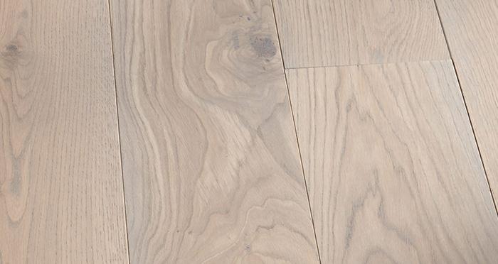 Prestige Silk Grey Oak Solid Wood Flooring - Descriptive 5