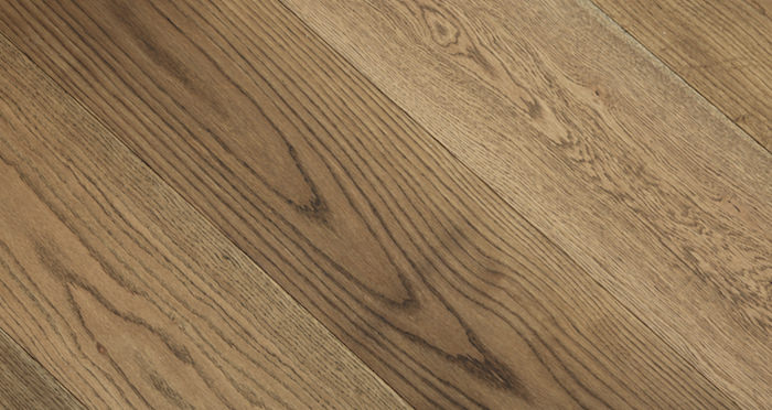 Grande Castle Brown Oak Oiled Engineered Wood Flooring - Descriptive 2