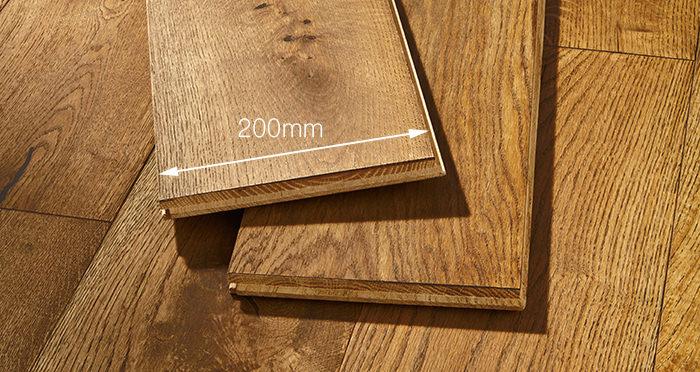 Prestige Georgian Oak Solid Wood Flooring - Descriptive 3