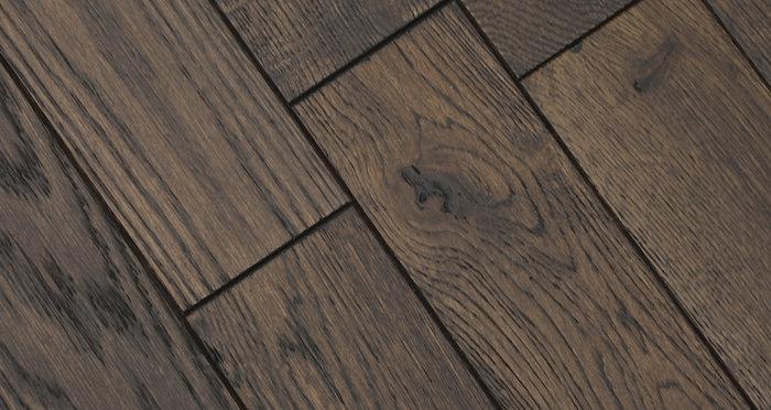 Espresso Oak Brushed & Lacquered Solid Wood Flooring - Descriptive 4