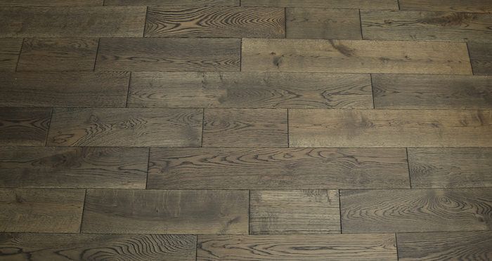 Aged Cottage Oak Brushed & Lacquered Engineered Wood Flooring 125mm - Descriptive 3
